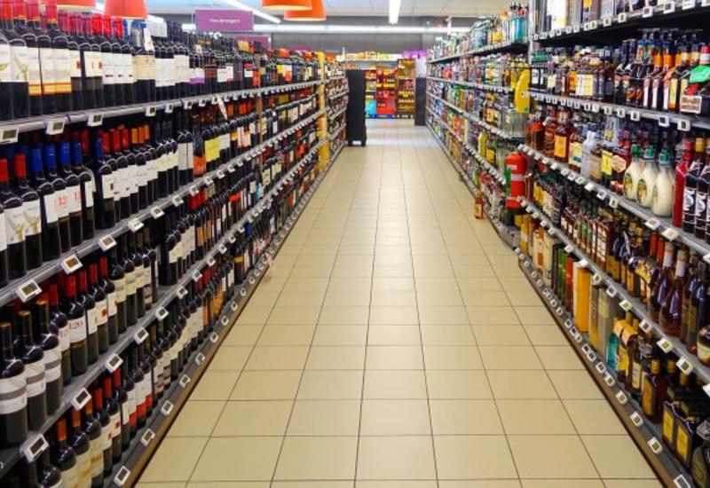 В Азербайджане повышаются акцизы на алкоголь, табак и энергетики
