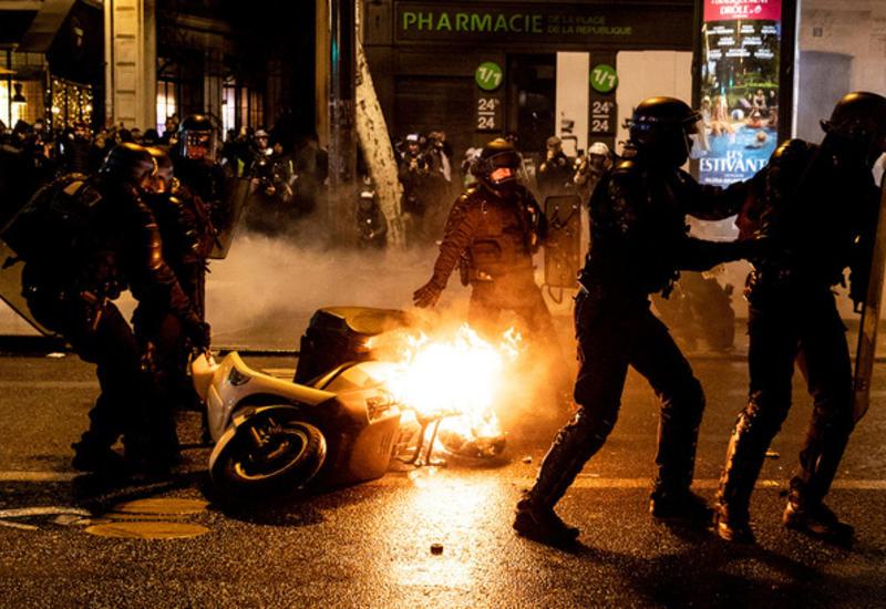 В ходе беспорядков, устроенных сепаратистами в Барселоне, пострадали 600 человек