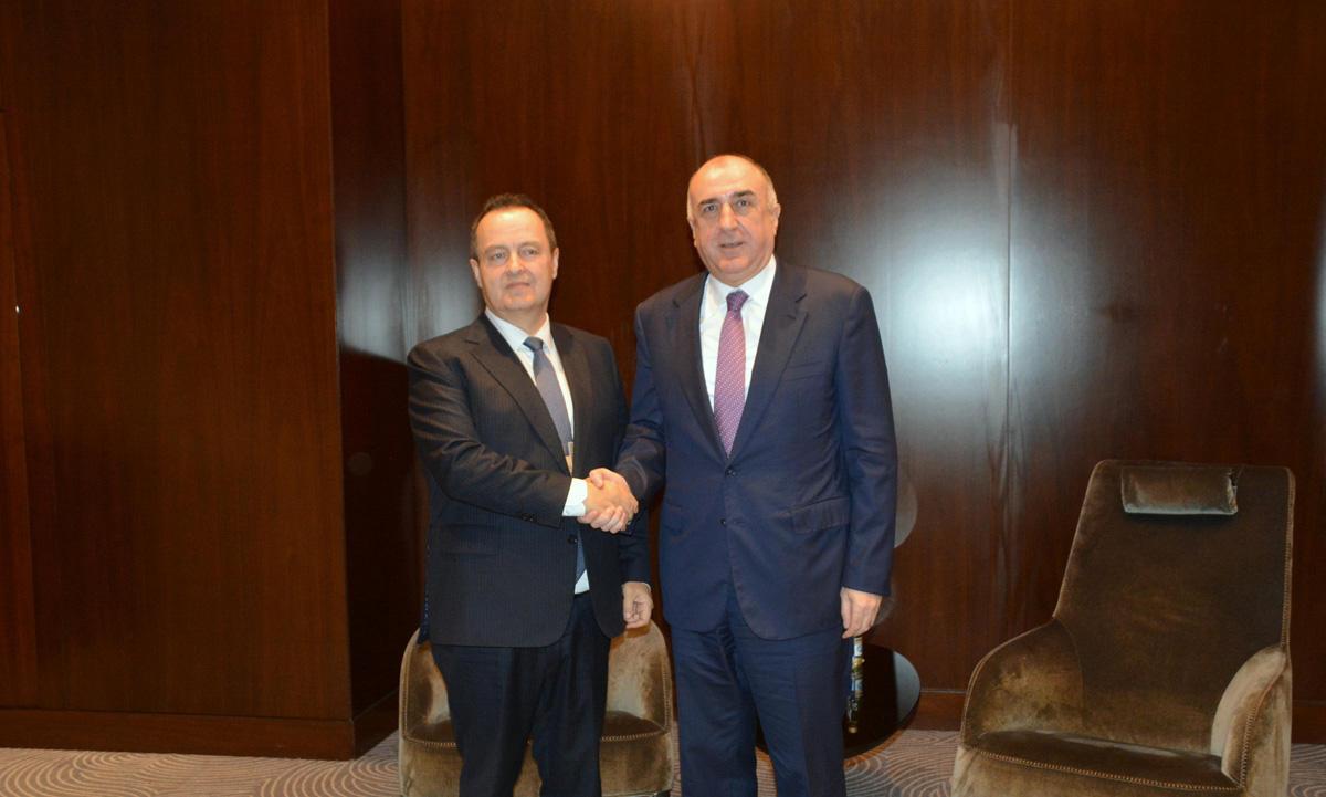 Эльмар Мамедъяров на переговорах с главой МИД Сербии
