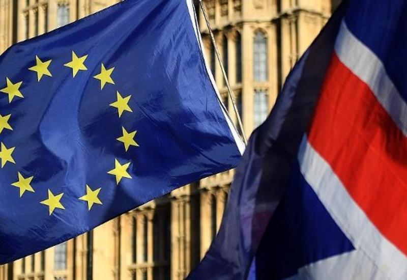 ЕС откладывает решение о сроке продления Brexit до выборов