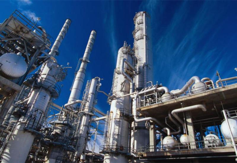 Цены на нефть растут на надеждах на торговое соглашение США и КНР