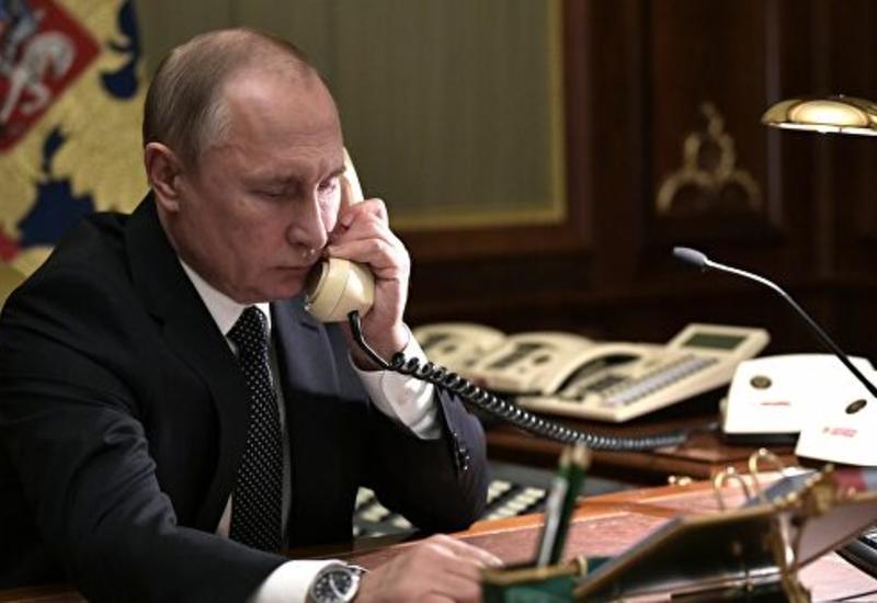 Путин и Макрон обсудили российско-турецкие переговоры