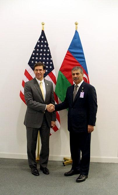 Закир Гасанов на переговорах с министром обороны США