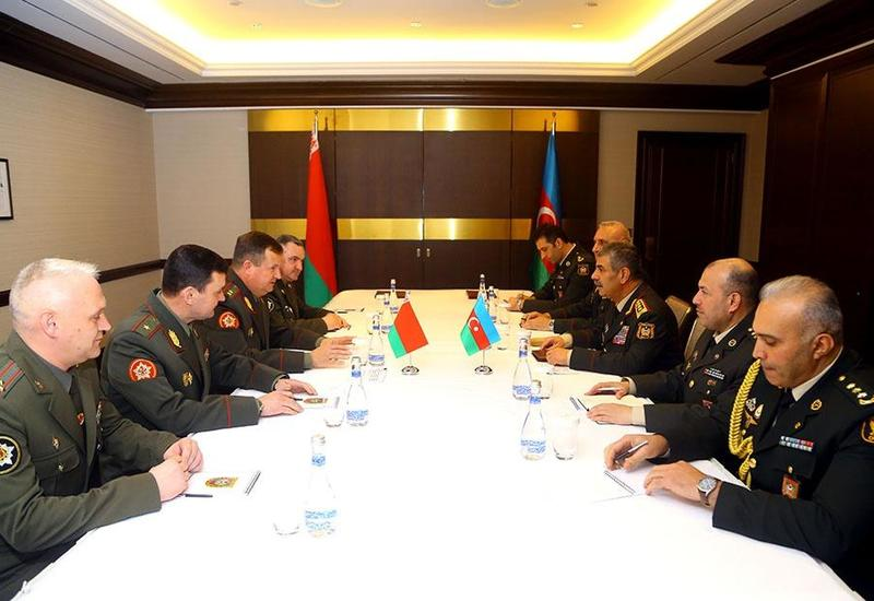 Азербайджан и Беларусь подписали План военного сотрудничества