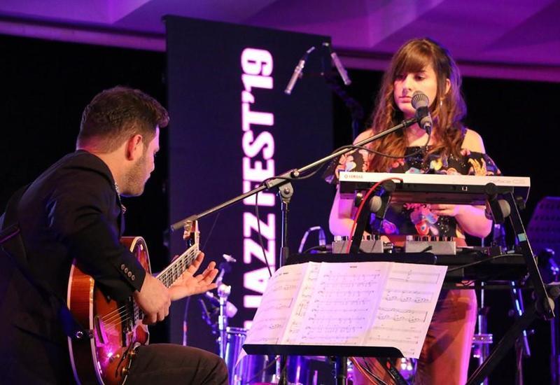 В Баку прошел концерт дуэта Claire Parsons & Eran Har Even