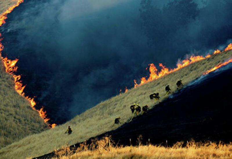 Калифорнии грозит усиление пожаров из-за сильного ветра