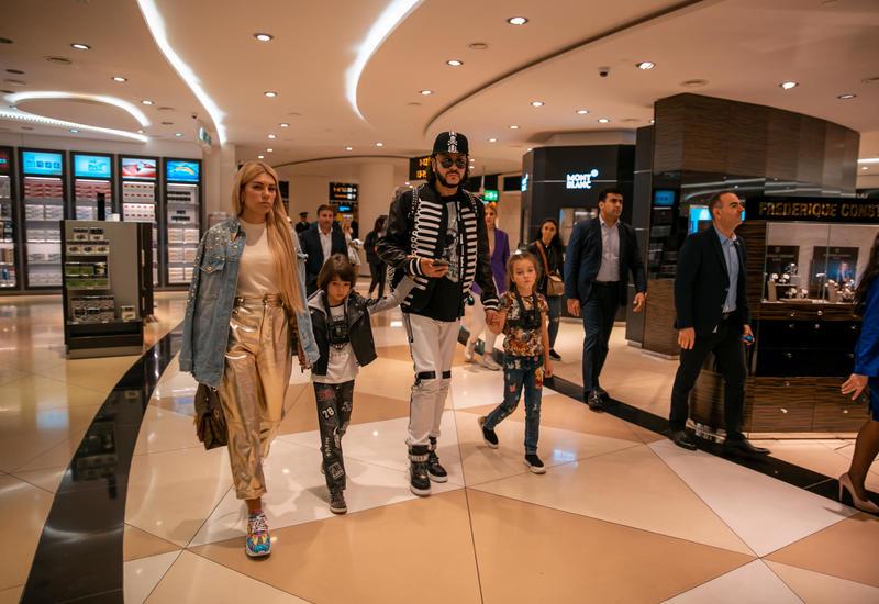 Филипп Киркоров: Благодарю от всего сердца семью Президента Азербайджана Ильхама Алиева, выражаю благодарность Первой леди Мехрибан Алиевой за теплоту, встречу, отношение и внимание