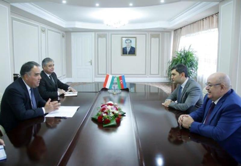 """Представители ЗАО """"AzerGold"""" побывали с визитом в Таджикистане"""