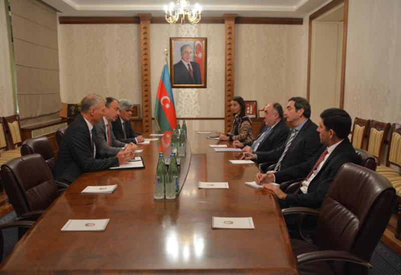 Эльмар Мамедъяров на переговорах со спецпредставителем ЕС по Южному Кавказу