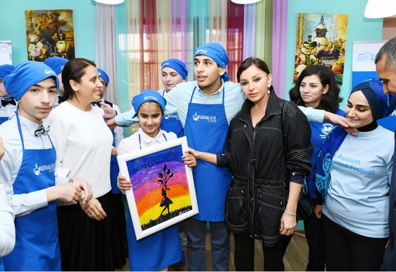 """""""Мехрибан Алиева подарила нам веру в лучшее будущее для наших детей"""""""
