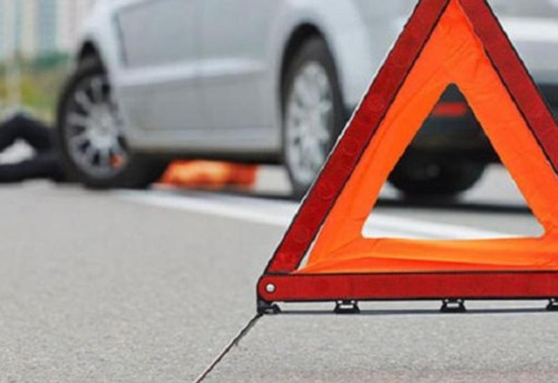 В Шамкире столкнулись два автомобиля, есть пострадавшие