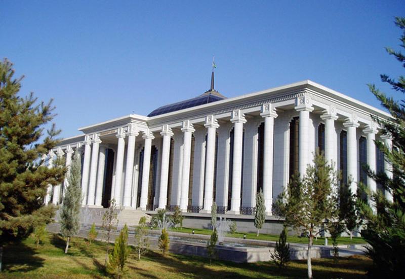 Делегация парламента Туркменистана посетит Азербайджан