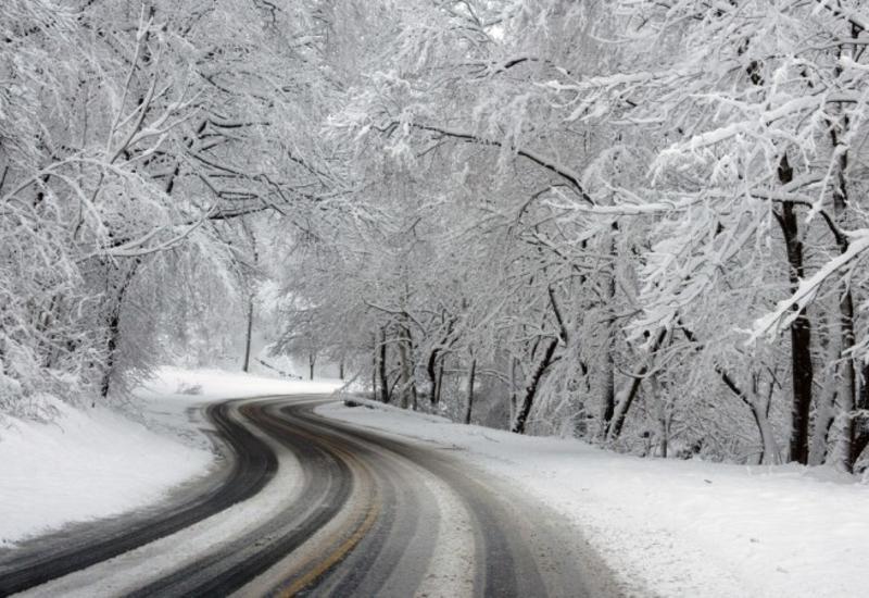 В одном из районов Азербайджана толщина снежного покрова составила 4 см