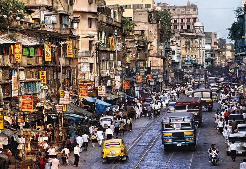 В Дели запретили автомобили с нечетными числами в номерных знаках ради очистки воздуха