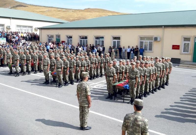 В азербайджанских воинских частях пройдет День открытых дверей