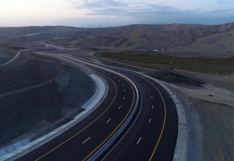 Стало известно, когда будет готова часть автомагистрали Баку-Шамахы