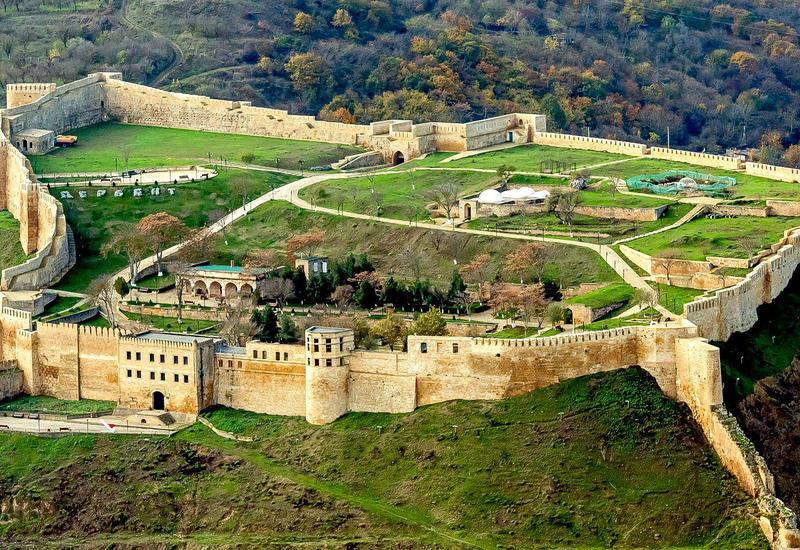 В Дербенте продолжат археологические раскопки для уточнения возраста города