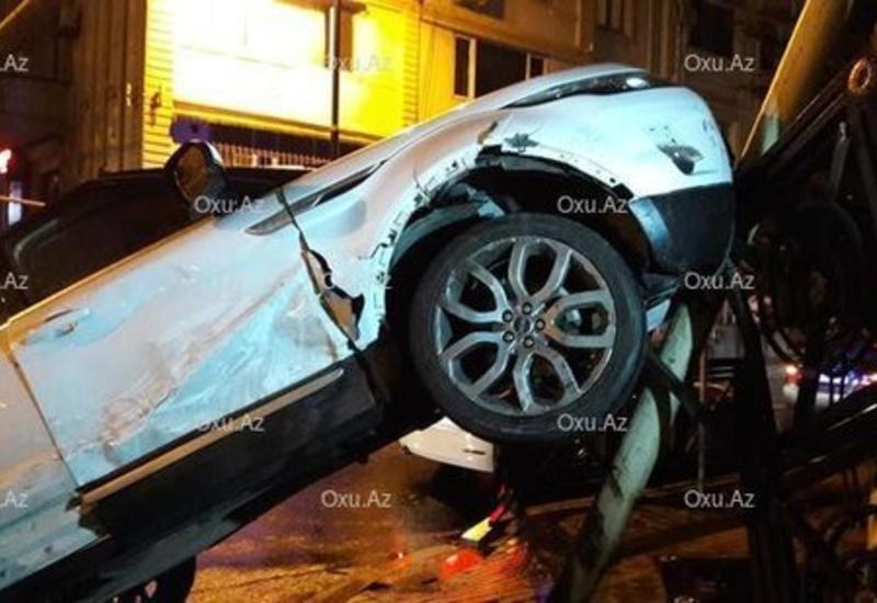 Женщина-водитель стала виновницей аварии в Баку