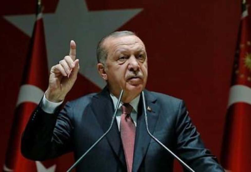 Эрдоган вновь пригрозил ЕС открыть границы для беженцев