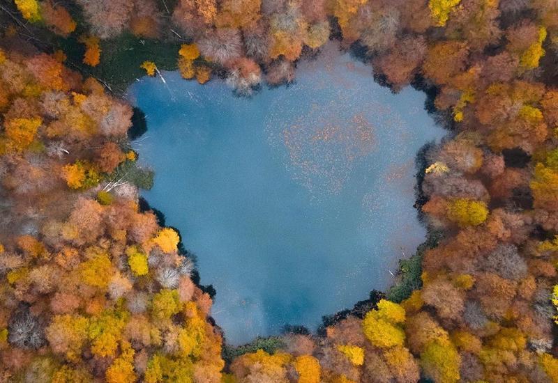 Завораживающие кадры: Осень в Исмаиллы