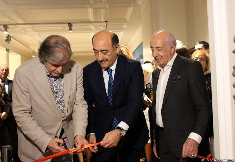 50-летие творческой деятельности Чингиза Фарзалиева отметили открытием выставки в Баку