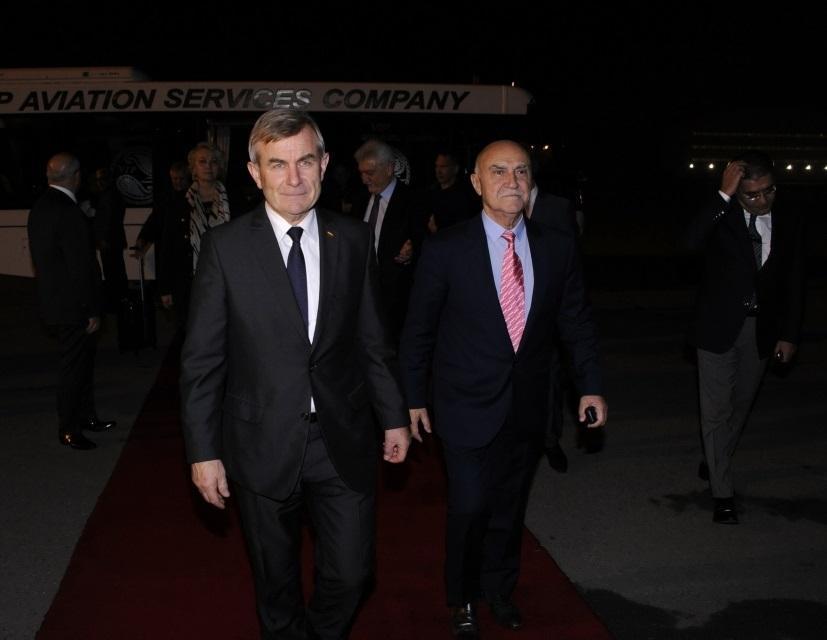 Председатель Сейма Литвы прибыл с визитом в Азербайджан