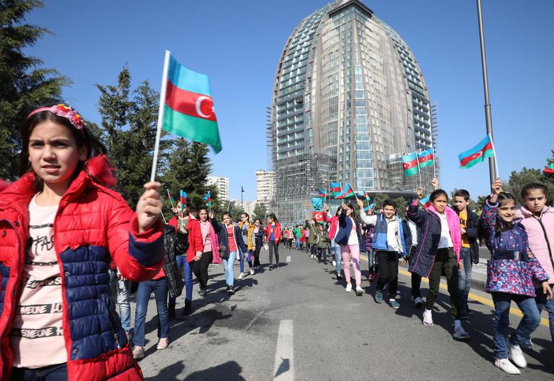 При организации Фонда Гейдара Алиева в Баку прошло очередное мероприятие для детей