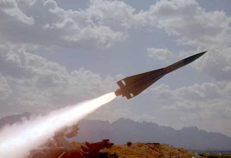 В Ираке рядом с военной базой упали 17 ракетных снарядов