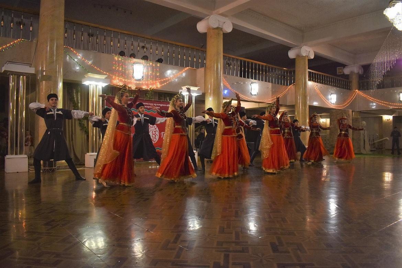 Азербайджанский праздник граната стал одним из самых любимых в России