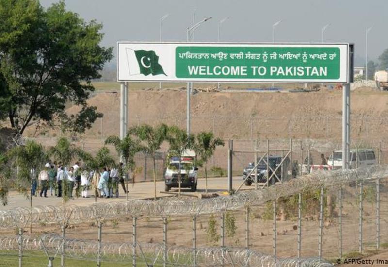 Исторический день: Индия и Пакистан открыли коридор для паломников-сикхов