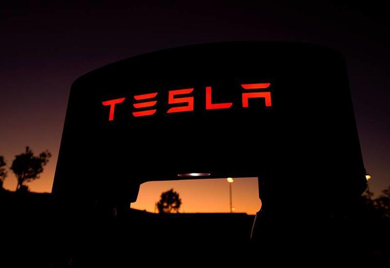 Названа цена новой модели автомобиля Tesla