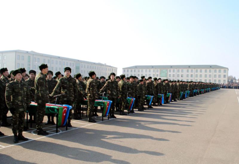 В воинских частях Азербайджана проходят церемонии принятия военной присяги