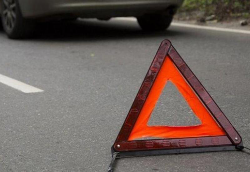 В Гяндже автомобиль сбил пожилую женщину