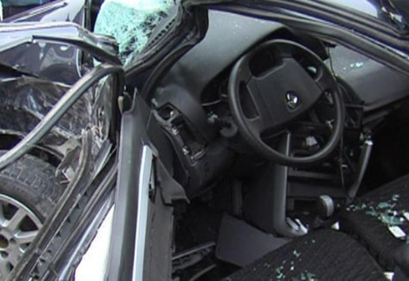 Тяжелое ДТП в Гёйчае: водитель погиб, два села остались без света