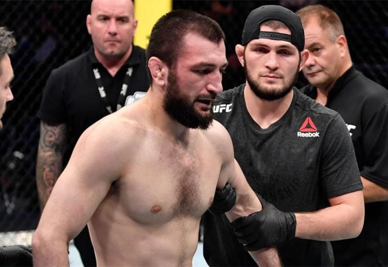 Тренер: Абубакар Нурмагомедов проиграл дебютный бой в UFC из-за расслабленности