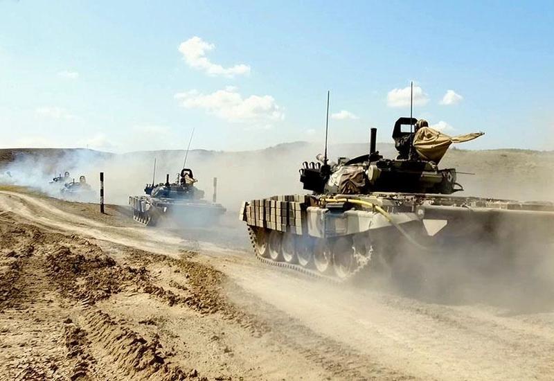 Азербайджанская армия начинает оперативные учения