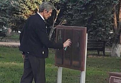 Жители российского города закрасили памятную доску армянскому нацисту Нжде