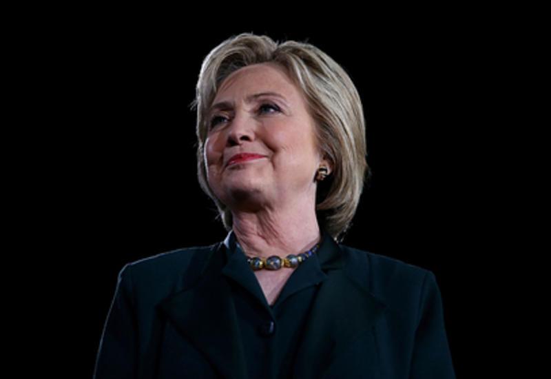 Клинтон заступилась за Меган Маркл