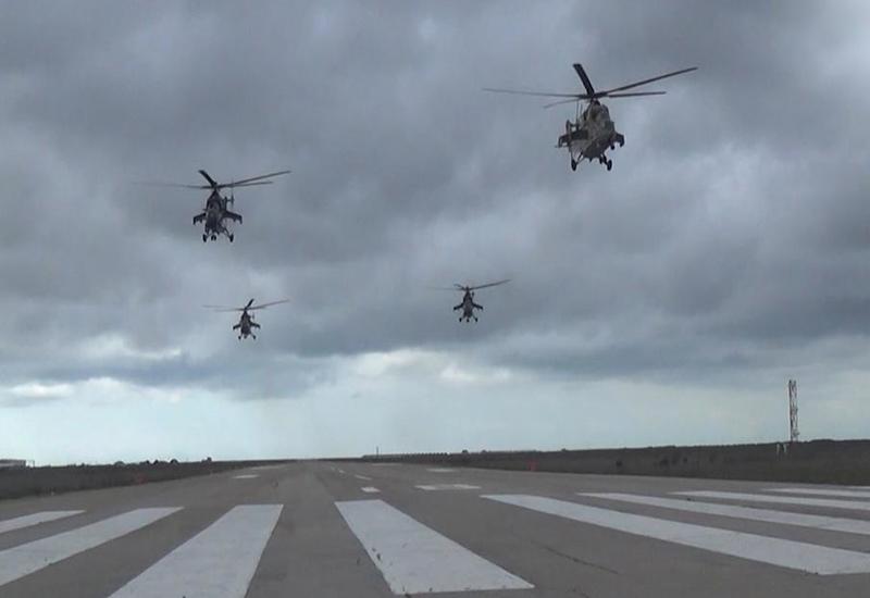 ВВС Азербайджана выполняют боевые задачи в рамках крупномасштабных учений