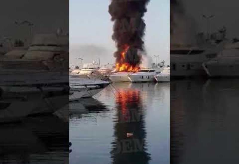 Две яхты загорелись в Афинах