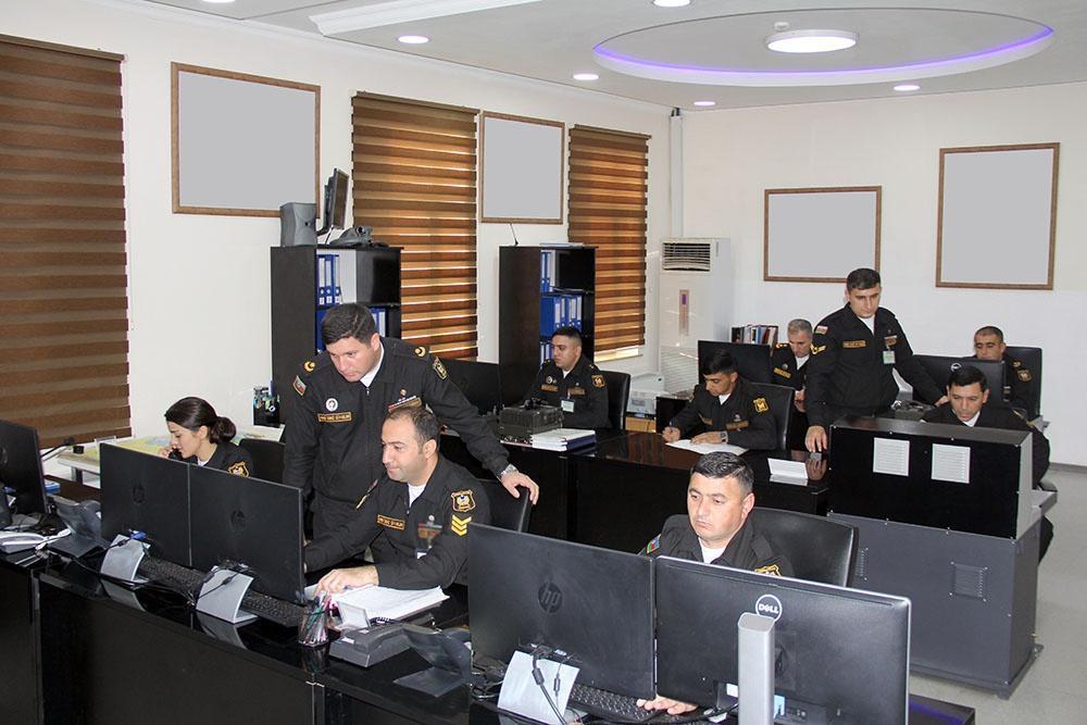 ВМС Азербайджана выполняют тактические задачи в оперативной зоне на Каспии