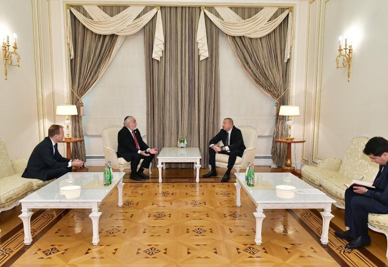 Президент Ильхам Алиев принял соучредителя и заместителя председателя Центра Симона Визенталя и руководителя Конгресса христианских лидеров США