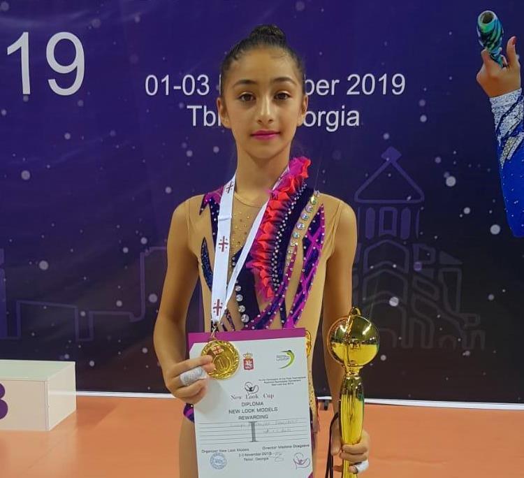 Бакинские школьники завоевали золотые медали, победив армянских соперников