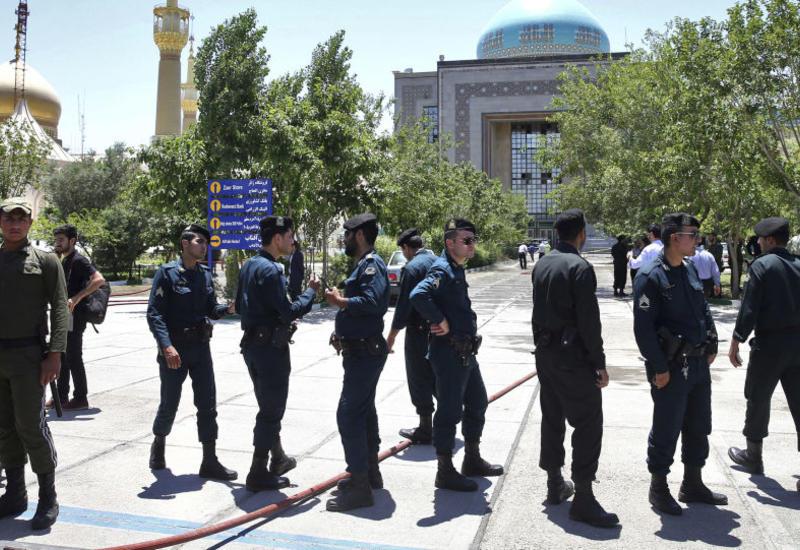 В Иране прошли пикеты против повышения цен на бензин
