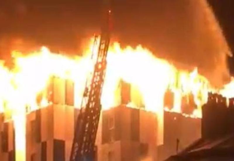 В Британии загорелось студенческое общежитие