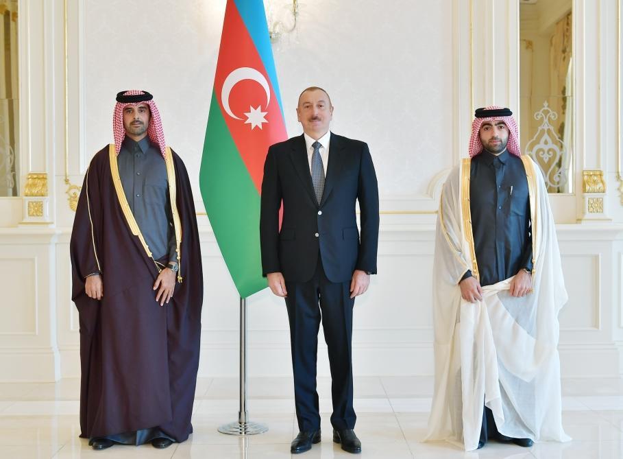 Президент Ильхам Алиев принял верительные грамоты новоназначенного посла Катара