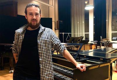 Молодой азербайджанский композитор: После концерта в Гааге меня поздравляли с успехом - ИНТЕРВЬЮ - ФОТО