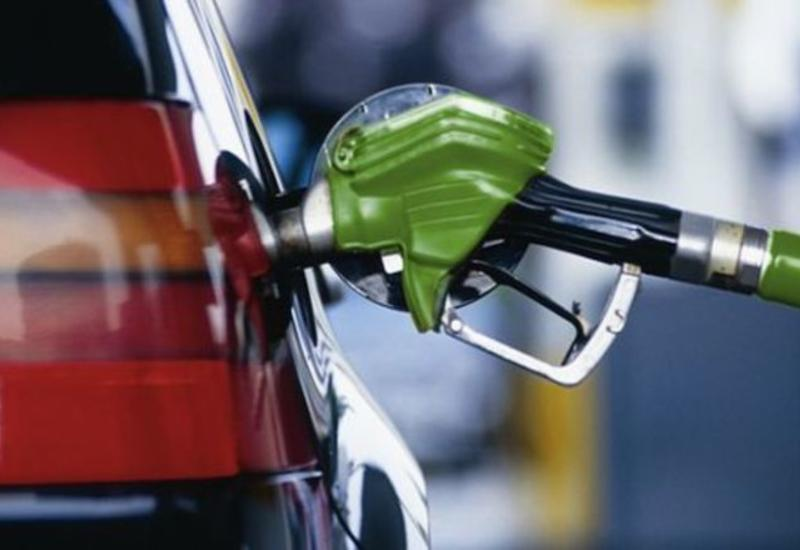 Власти Ирана начнут компенсировать убытки от роста цен на бензин