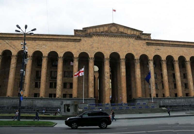 В Грузии сорвано пленарное заседание парламента