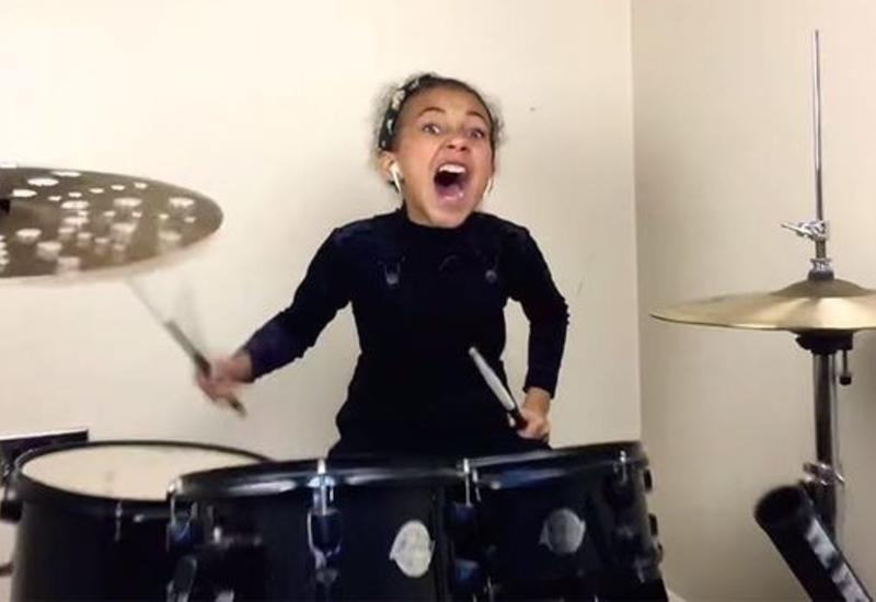 Девятилетняя барабанщица покорила Сеть исполнением кавера Nirvana
